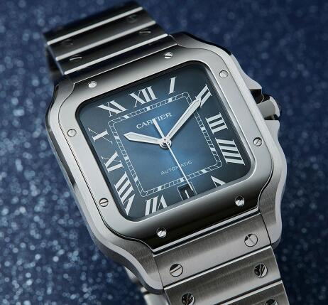 Cartier Santos is suitable for many occasions.