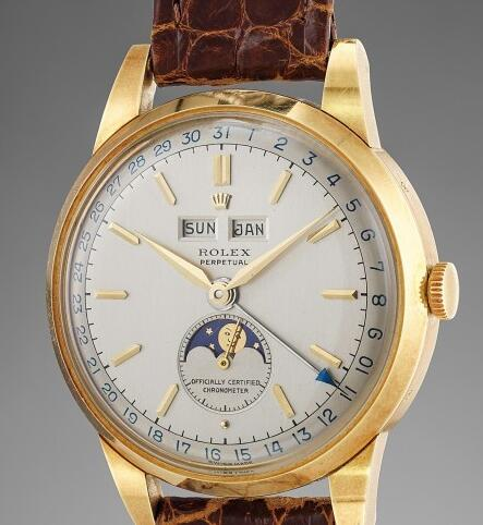 The moon phase Rolex has been considered as the most beautiful Rolex.