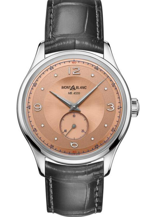 The salmon dial sports a distinctive look of retro style.